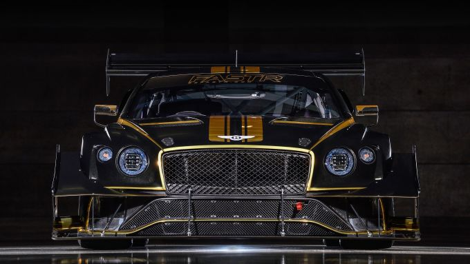 Bentley Continental GT3 Pikes Peak: il frontale