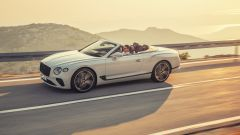Bentley Continental GTC 2019 laterale
