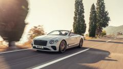 Bentley Continental GTC 2019 photo