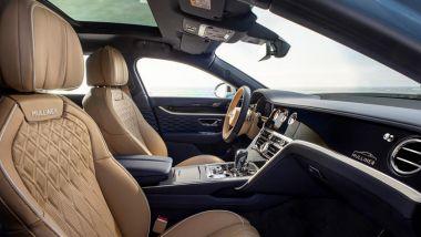 Bentley Flying Spur Mulliner: l'abitacolo rifinito a mano con pellami pregiati