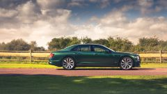 Bentley Fying Spur con la nuova Styling Specification, vista laterale
