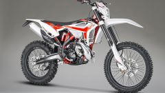 Beta Motorcycles RR 200 2T 2020, vista frontale