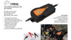 Beta Utensili, il catalogo dedicato alla moto propone due caricari mantenitori di carica della batteria