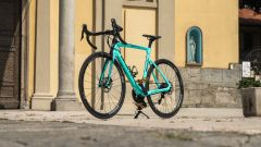 Bianchi Aria e-Road: visuale di 3/4 anteriore