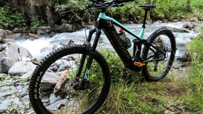 Bianchi T-Tronik Rebel 9.1: anche i sentieri stretti di montagna non la impensieriscono