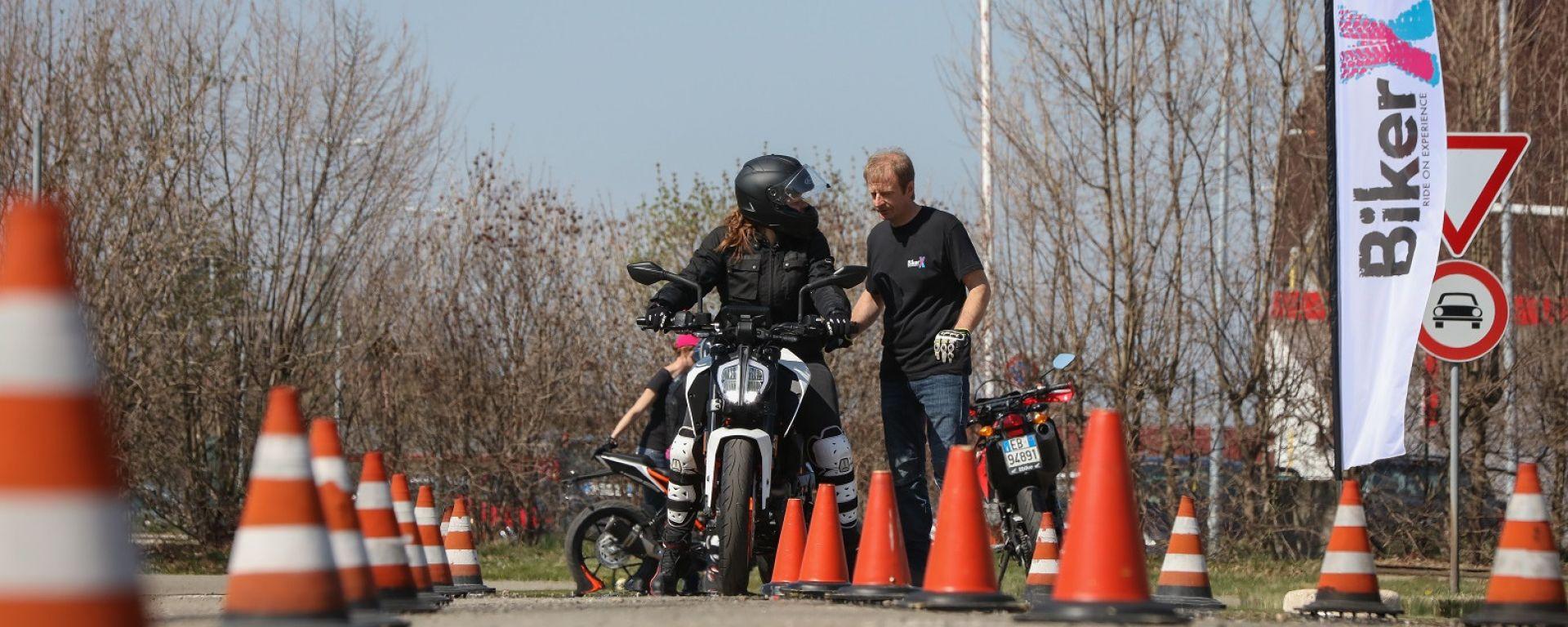 BikerX: la scuola per motociclisti sbanca Reggio Emilia