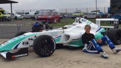 Billy Monger con la sua formula British F4
