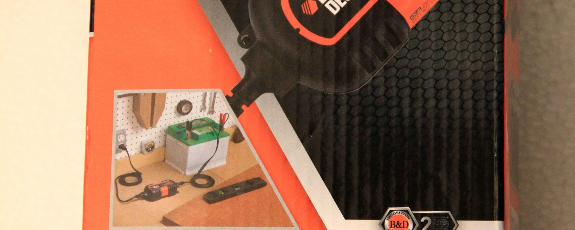 Come salvare la batteria. Il mantenitore di carica Black & Decker BDV 090