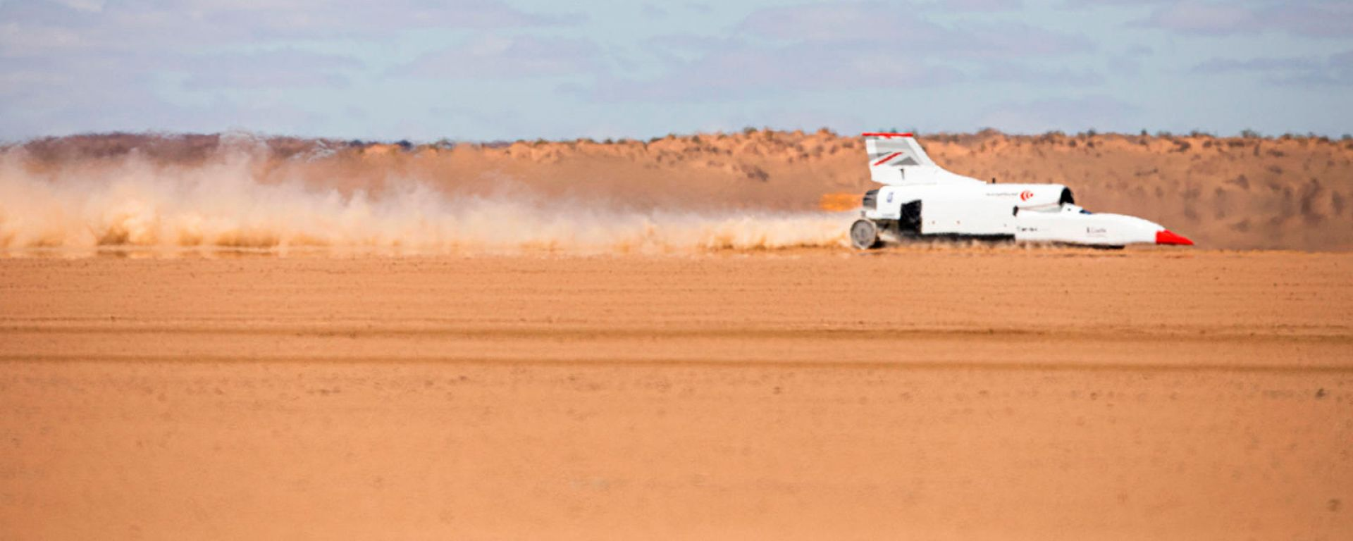 Bloodhound LSR Jet Car impegnata in Sud Africa