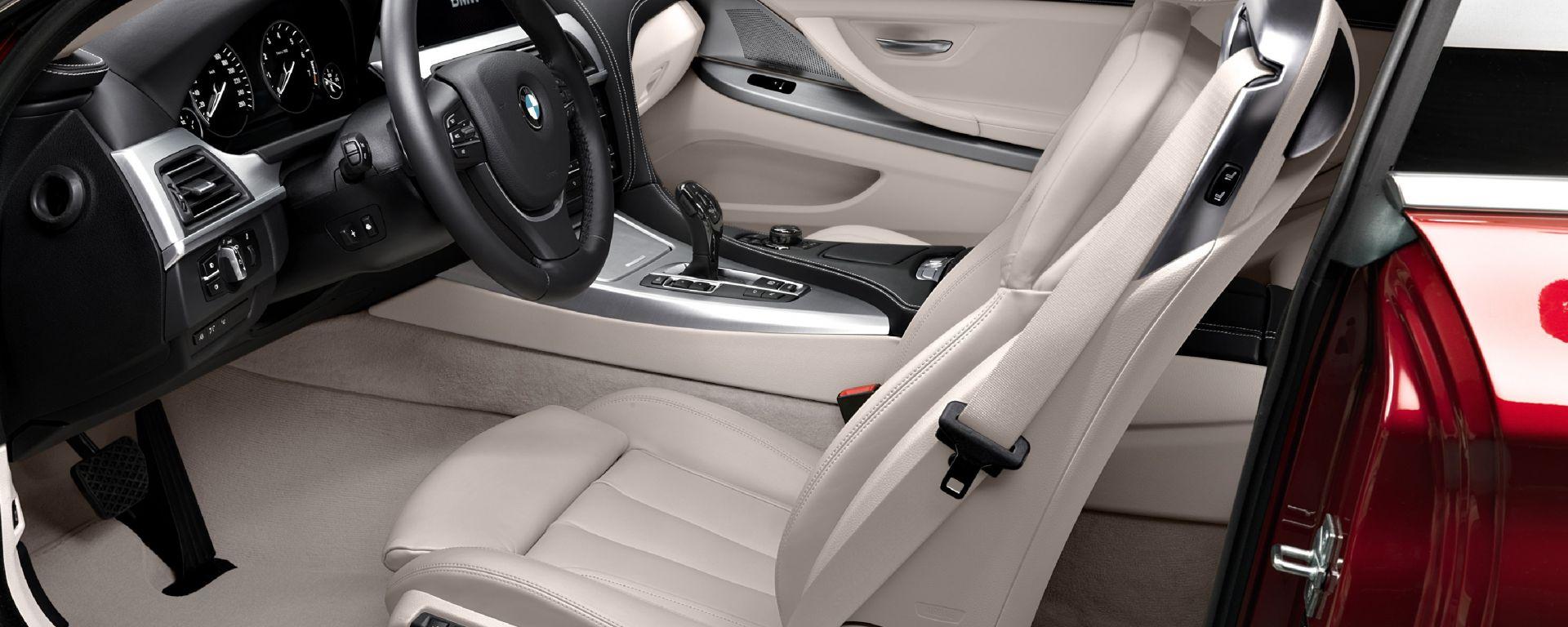 BMW Serie 6 Coupé 2012 gli interni