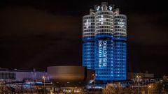 BMW, raggiunto il target 2017 di 100 mila auto elettrificate - Immagine: 1
