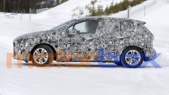 BMW 2 Active Tourer 2021: visuale laterale