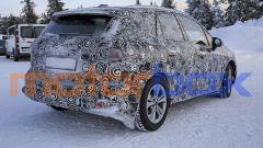 BMW 2 Active Tourer 2021: visuale statica, 3/4 posteriore