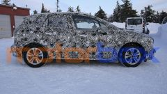 BMW 2 Active Tourer 2021: visuale statica, laterale