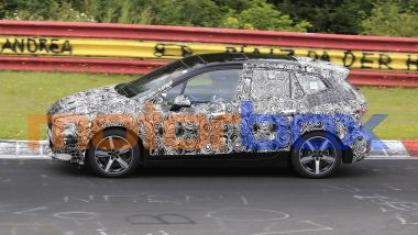 BMW 2 Active Tourer 2022: visuale laterale