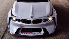 BMW 2002 Hommage: 50 anni di piacere di guida - Immagine: 4
