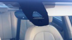 BMW 218d Gran Tourer xDrive: dettaglio dei sensori per la frenata di emergenza
