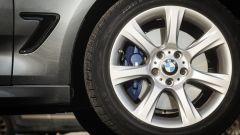 BMW 320d GT xDrive: dettaglio dei freni