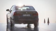 BMW 320d GT xDrive: prova di spunto in salita su ghiaccio artificiale