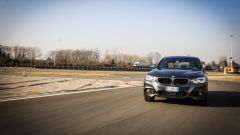 BMW 320d GT xDrive: vista frontale