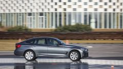 BMW 320d GT xDrive: vista laterale