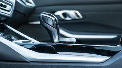 BMW 320d Touring Sport: la leva del cambio automatico a 8 rapporti