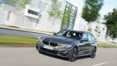 BMW 320e Touring: la tedesca con l'ibrido plug-in