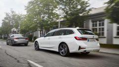 BMW 330e Sedan e Touring