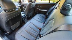 BMW 330e Sport 2020, i sedili posteriori