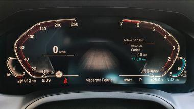 BMW 330e Sport 2020, il quadro strumenti digitale
