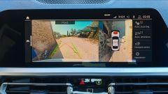 BMW 330e Sport 2020, lo schermo dell'infotainment
