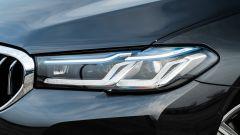 BMW 520d xDrive Touring, fari anteriori