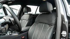 BMW 520d xDrive Touring, i sedili anteriori