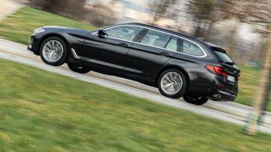 BMW 520d xDrive Touring, la fiancata