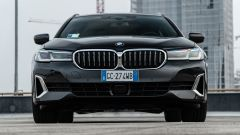 BMW 520d xDrive Touring, l'anteriore
