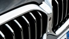 BMW 520d xDrive Touring, l'iconica calandra a doppio rene