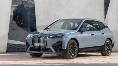 BMW a MIMO 2021: il SUV elettrico BMW iX