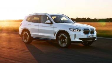 BMW a MIMO 2021: il SUV elettrico BMW iX3
