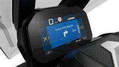 BMW C 400 X 2021: il display