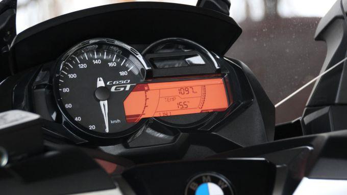 BMW C 650 GT, il quadro strumenti