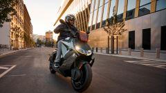 BMW CE 04 2021: il nuovo scooter elettrico