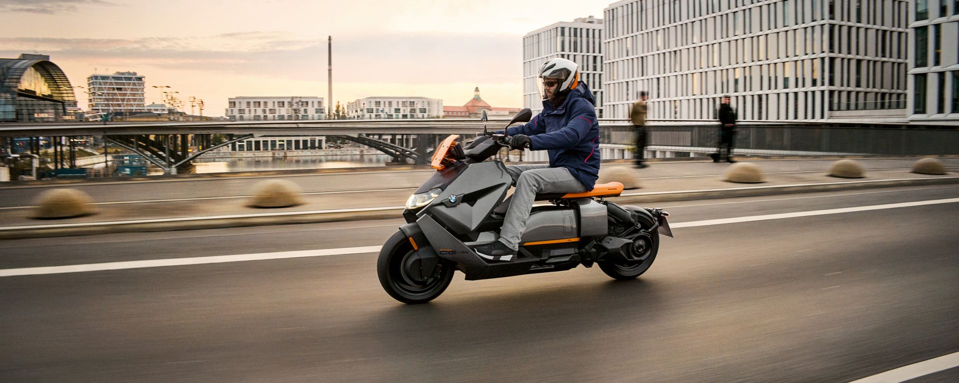 BMW CE 04 2021