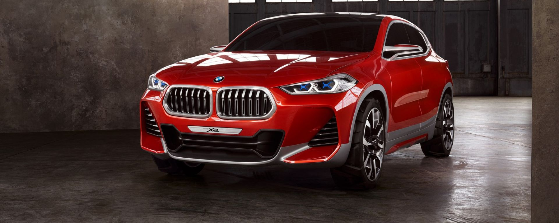 BMW Concept X2: vista 3/4 frontale