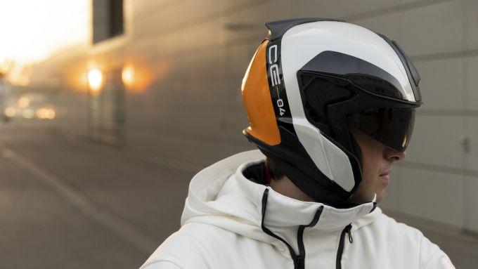 BMW Definition CE 04: il casco (prototipo)
