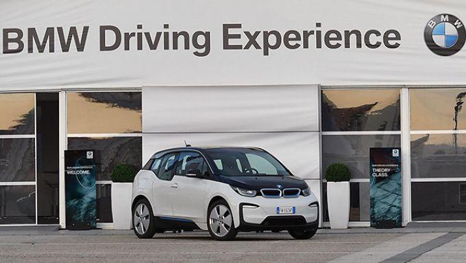 BMW Driving Experience, nel parco auto anche l'elettrica i3S
