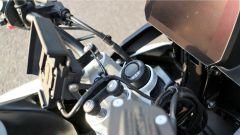 BMW F 750 GS: dettaglio del pulsante di avviamento del sistema keyless