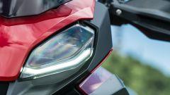 BMW F 900 XR 2020, la firma luminosa delle luci DRL