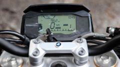 BMW G 310 R: il quadro strumenti digitale
