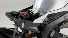 BMW HP4 Race, batteria al litio da 5 Ah