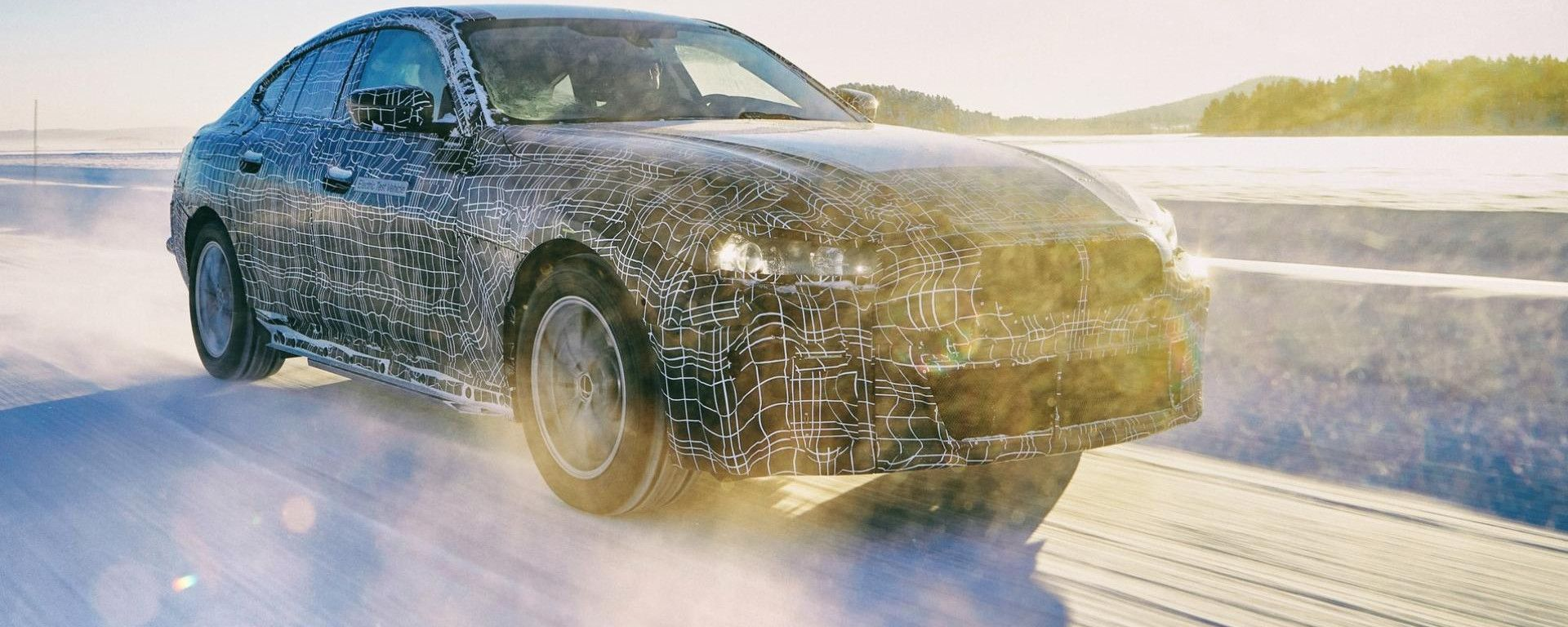 BMW i4 2021: le prove invernali
